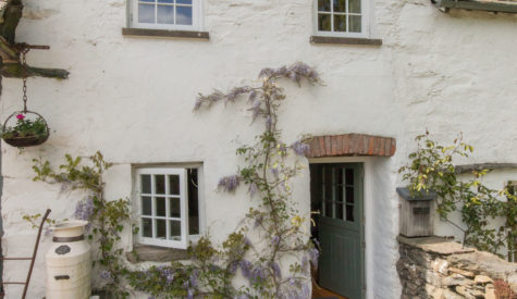 Door-of-Crumble-Cottage