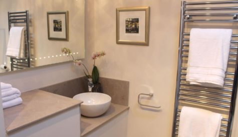 Shower-room-in-Crumble-Cottage